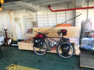 Suir le ferry
