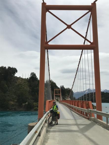 Encore un pont suspendu